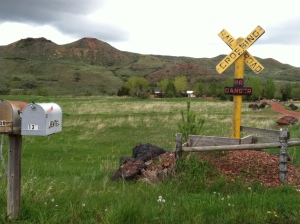 Jentel mailbox and entrance.